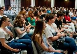 Január végéig várják a középiskolás diákok jelentkezését a Mathias Corvinus Collegium képzésére