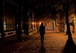 Félsz éjszaka egyedül az utcán? - Hívd a Hazakísérő Telefont!