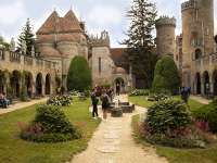 Kihagyhatatlan vártúra a gyerekekkel – a Bory vár és Székesfehérvár csodái